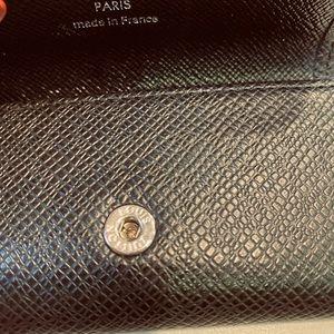 Louis Vuitton Accessories - Louis Vuitton 4 Key Holder in Taiga Leather